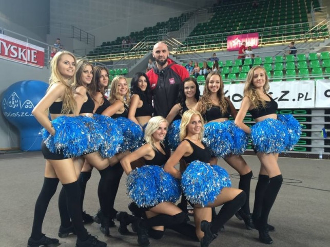 Polfarmex Dance Team wspierał reprezentację Polski podczas Bydgoszcz Basket Cup - Zdjęcie główne