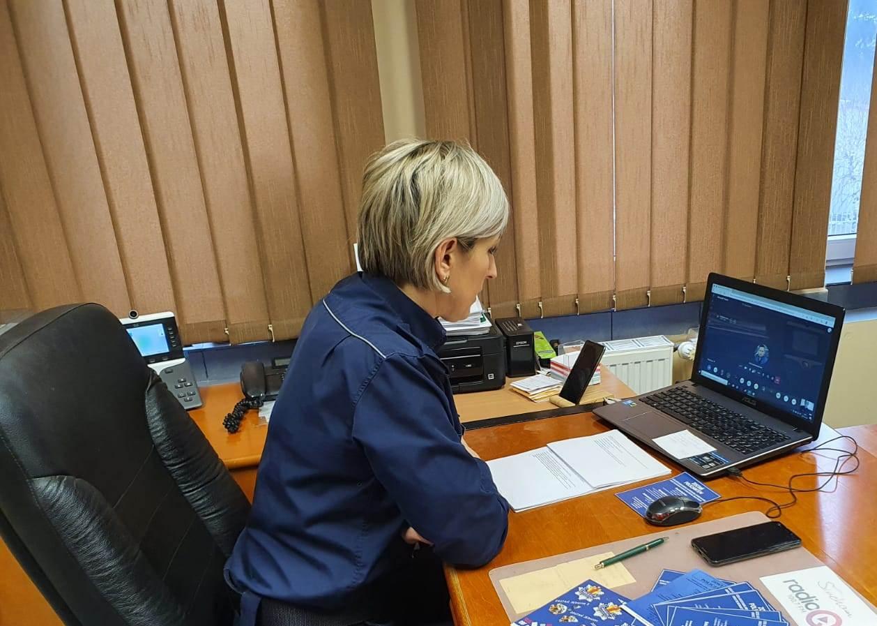 Lekcje on-line nie tylko z nauczycielami. Prowadzi je także kutnowska policja  - Zdjęcie główne