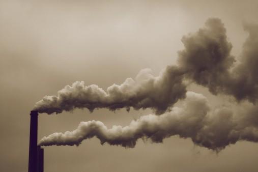 Rekordowe zanieczyszczenie powietrza w Kutnie. Lepiej nie wychodzić z domu - Zdjęcie główne