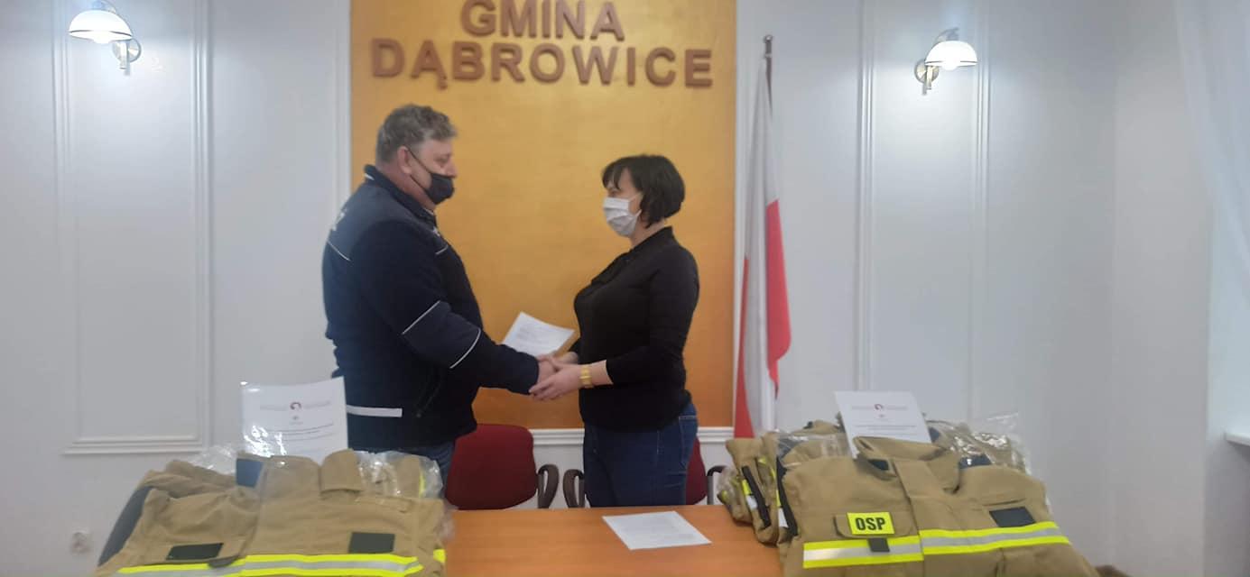 [FOTO] Prawie 50 tysięcy dla gminy Dąbrowice. Pieniądze zostaną wydane na... - Zdjęcie główne