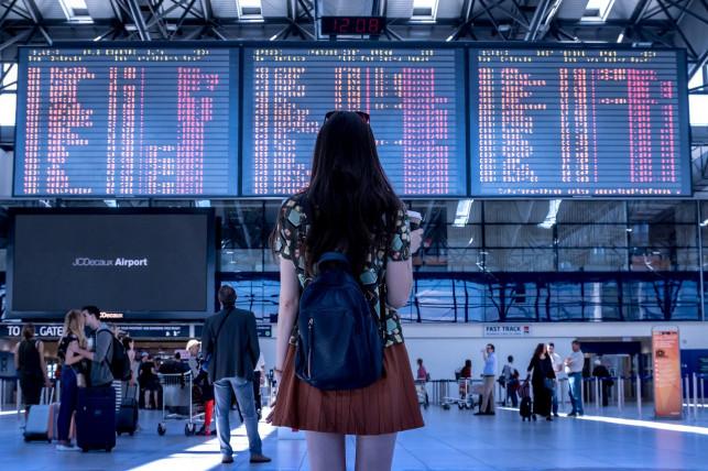 W jakich sytuacjach należy ci się zadośćuczynienie za opóźniony samolot? - Zdjęcie główne
