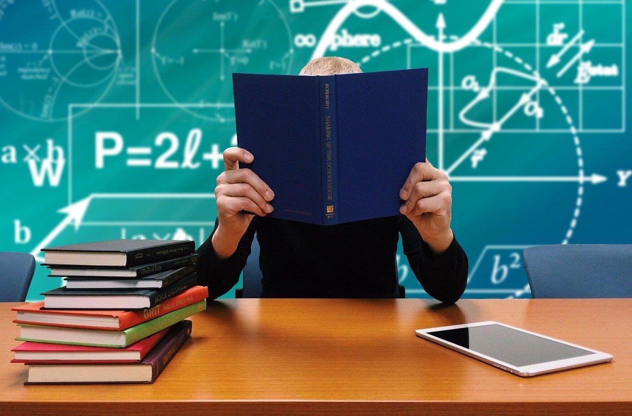 Ministerstwo Edukacji wprowadzi nowe lekcje w szkołach. Zobacz jakie  - Zdjęcie główne