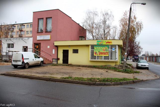 """Co dalej z """"dzikim parkingiem"""" na Tarnowskiego? - Zdjęcie główne"""