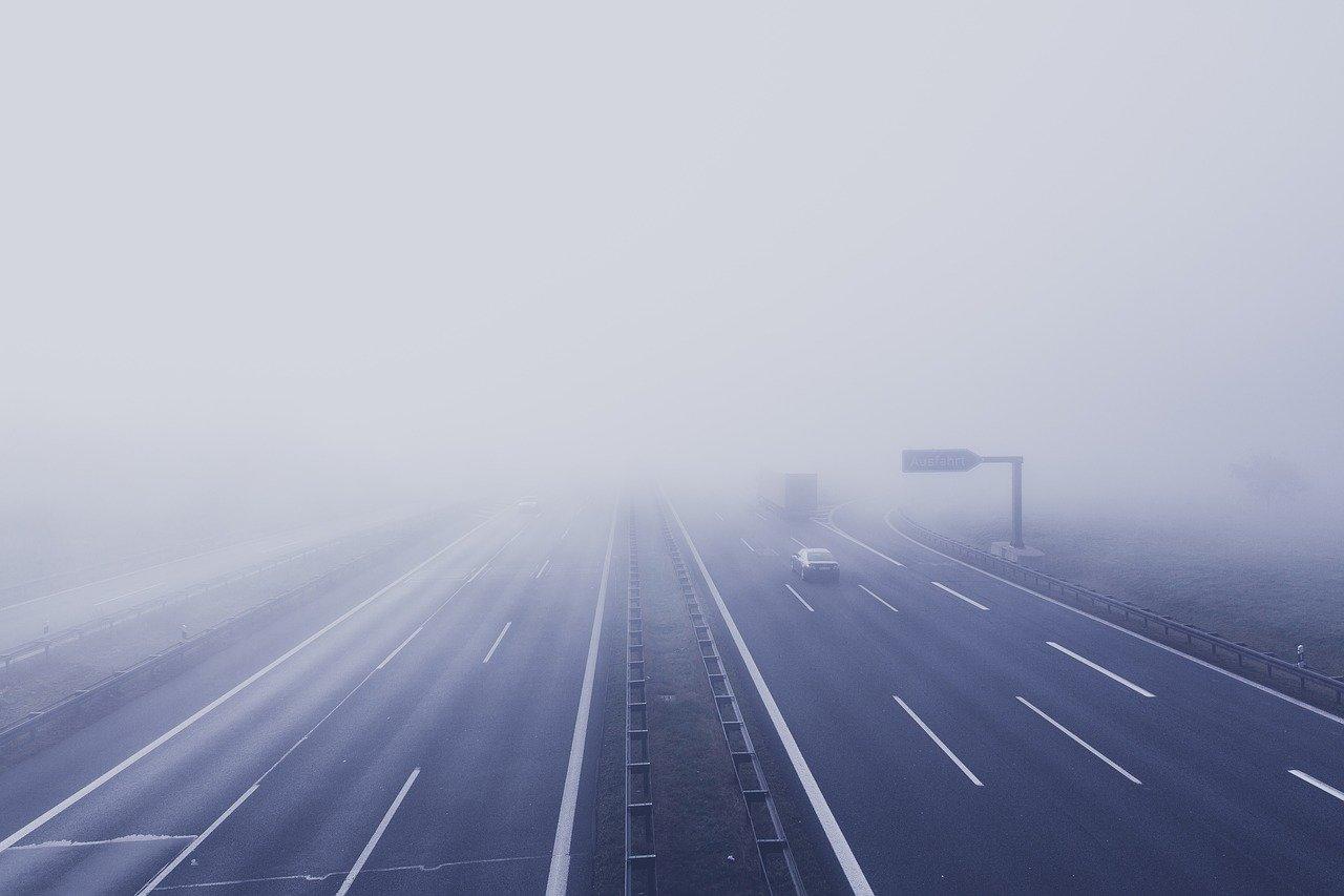 Ostrzegają przed gęstymi mgłami - Zdjęcie główne