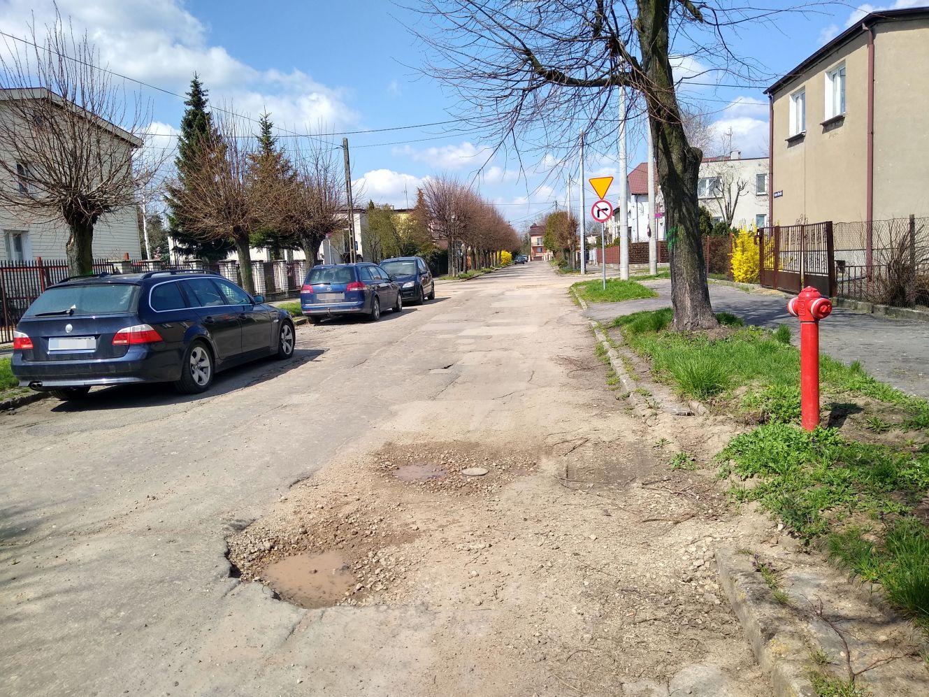 Ciekawe oferty na remont kolejnej kutnowskiej ulicy. Uda się zrealizować inwestycję? [ZDJĘCIA] - Zdjęcie główne