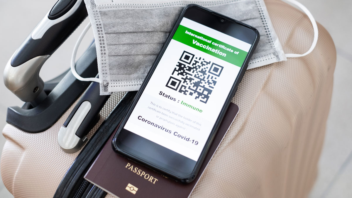 Paszporty covidowe już dostępne. Zobacz, jak pobrać certyfikat - Zdjęcie główne