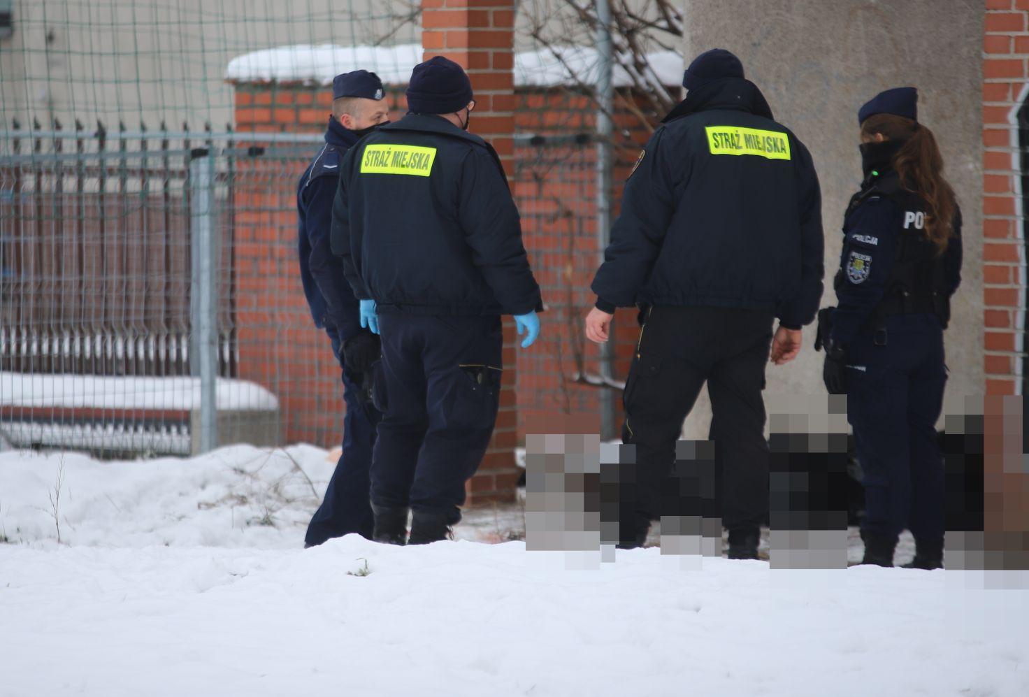 Śmierć w centrum: służby komentują, prokuratura ustala co się stało - Zdjęcie główne
