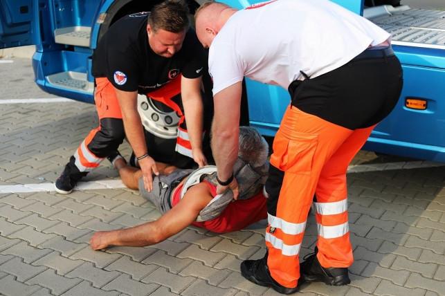 Ratownicy medyczni podsumowali majówkę. Co dwunasty pacjent był pijany - Zdjęcie główne