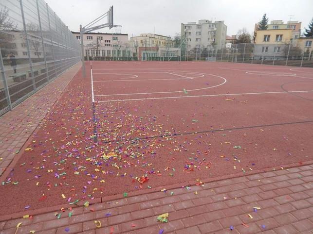 Nowe boisko przy Szkole nr 5 - Zdjęcie główne