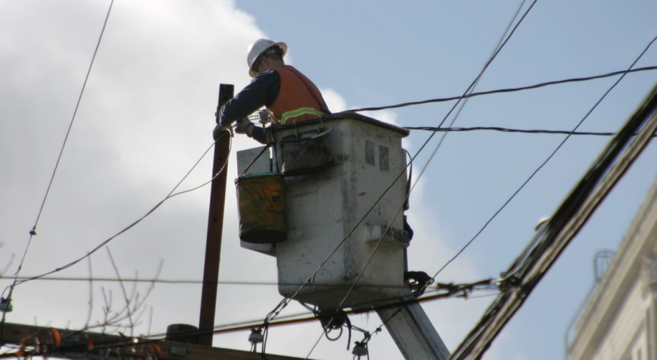 Mnóstwo mieszkańców naszego powiatu nadal bez prądu. Do kiedy potrwają awarie? - Zdjęcie główne
