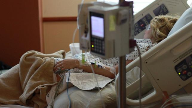 Epidemia uderza w pacjentów szpitali! NFZ zaleca odwoływanie operacji - Zdjęcie główne