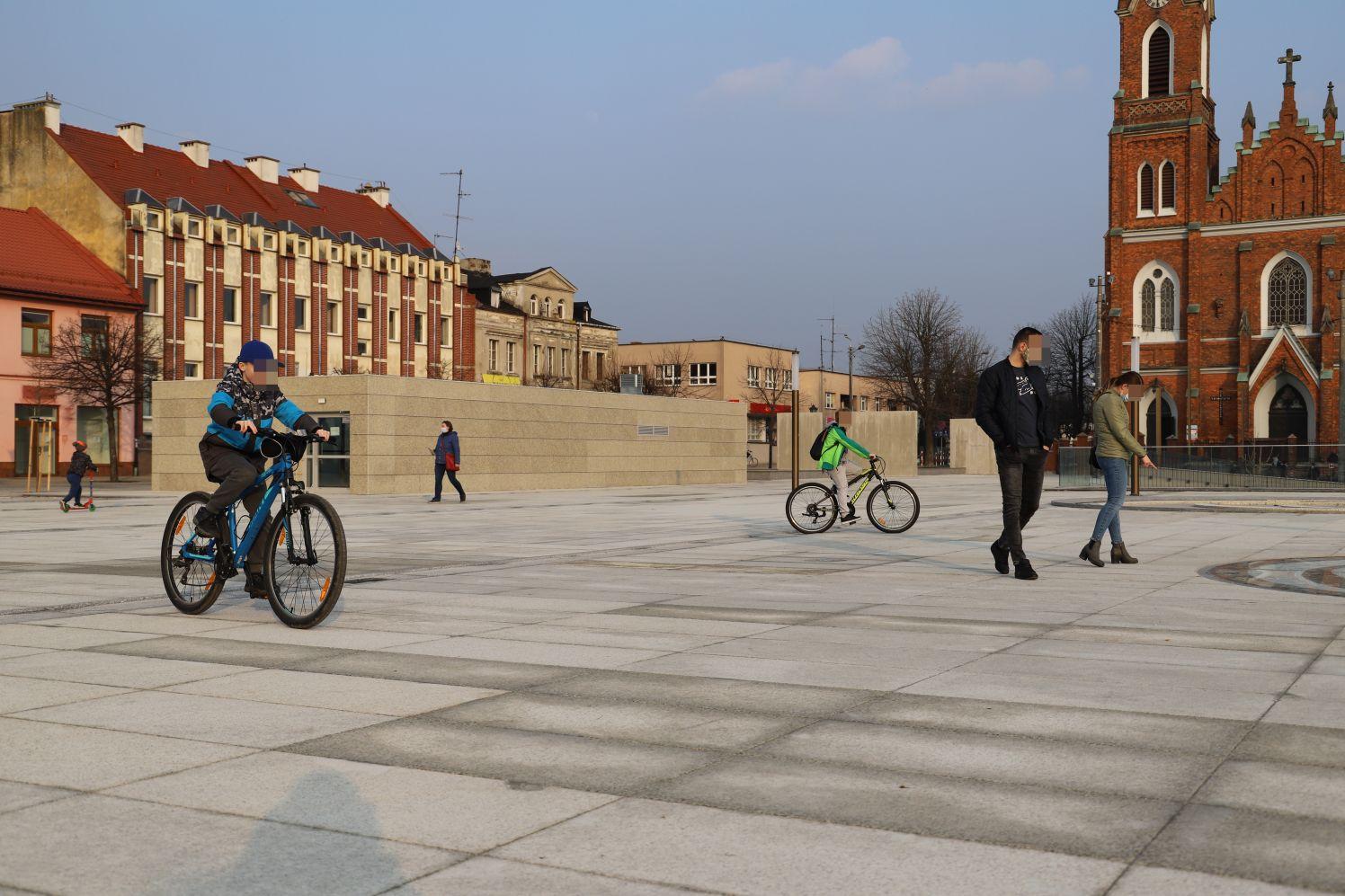 Miasto zaprasza do nowego pawilonu na Placu Wolności. Odbędzie się tam wyjątkowa wystawa! - Zdjęcie główne