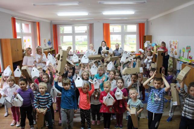 [ZDJĘCIA] DS Smith z wizytą w kutnowskich przedszkolach - Zdjęcie główne