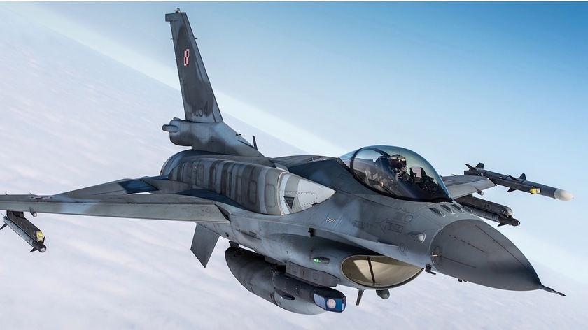 """Ogromny poślizg kutnowskiej firmy, miała dostarczyć naboje do F-16. Były szef GROM: """"To skandal"""" - Zdjęcie główne"""