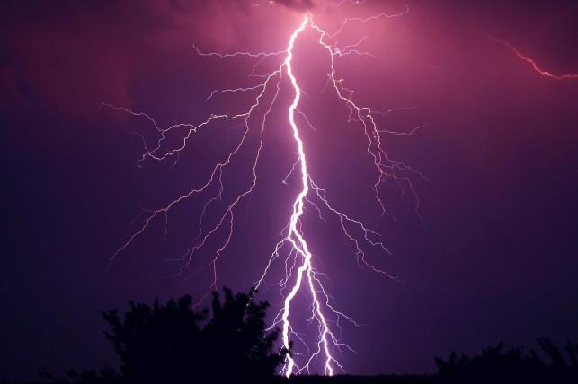 Nad powiat kutnowski nadciągają burze. Wydano ostrzeżenie  - Zdjęcie główne