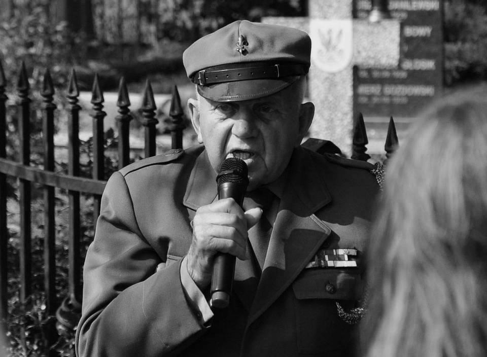 Zmarł honorowy obywatel Żychlina, zasłużony dla powiatu kutnowskiego - Zdjęcie główne