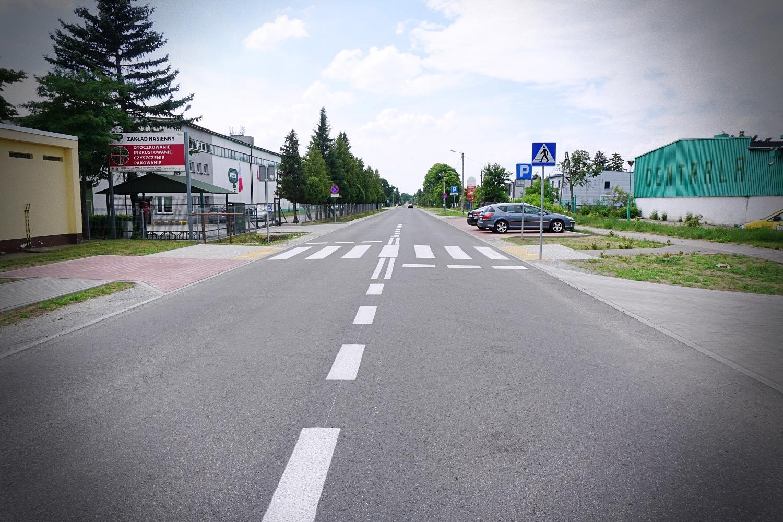 Remont ulicy za ponad 2 mln zł zakończony. Są udogodnienia dla mieszkańców [ZDJĘCIA] - Zdjęcie główne