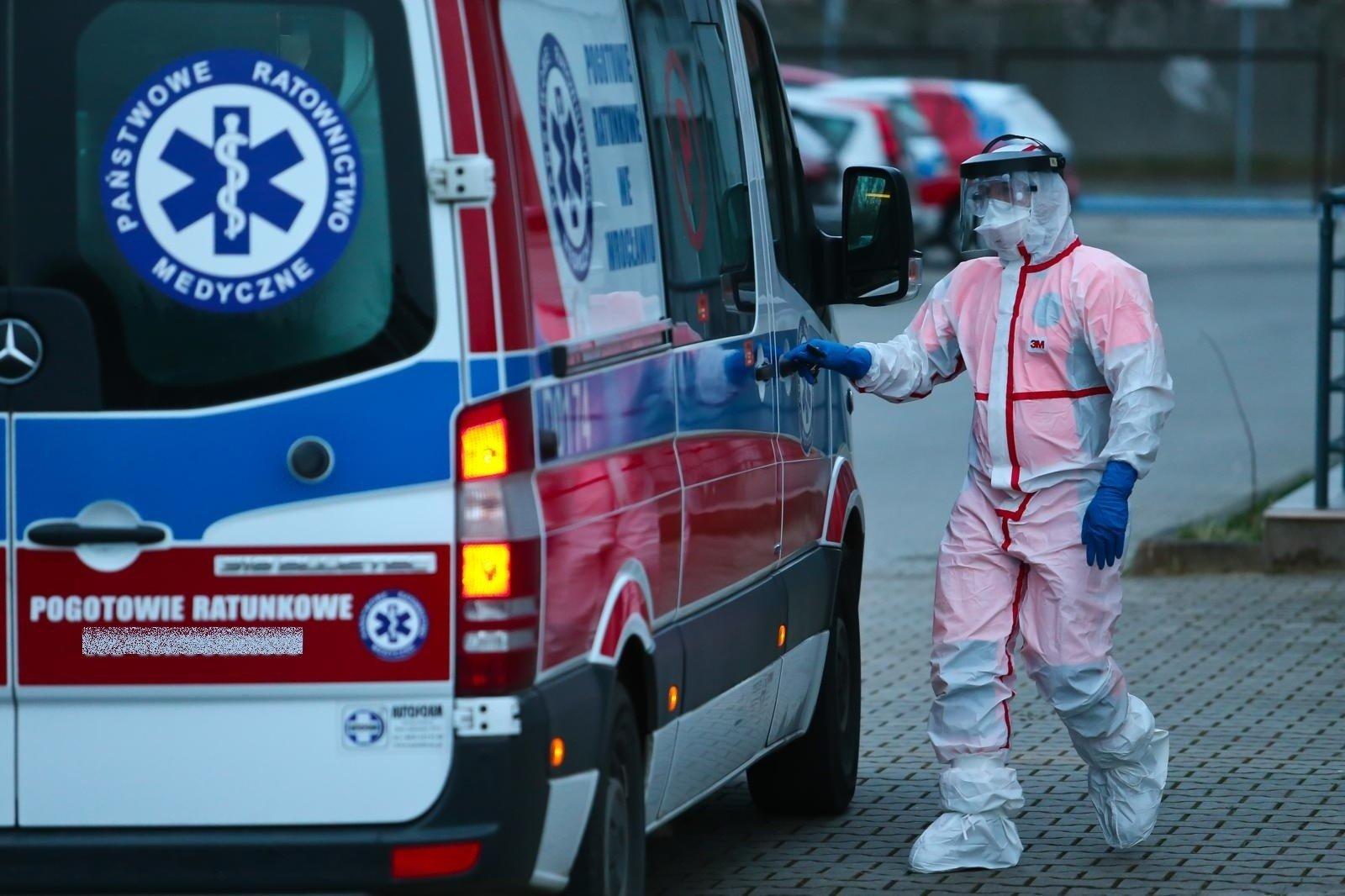 Koronawirus: przybyło zakażeń w Kutnie i okolicach - Zdjęcie główne