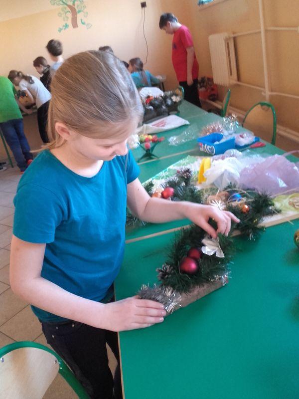 Świąteczne przygotowania w Zespole Szkół w Byszewie - Zdjęcie główne