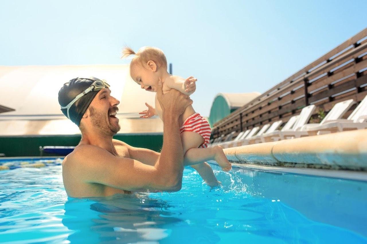 Czym się kierować przy wyborze hotelu i dlaczego ważny jest basen? - Zdjęcie główne
