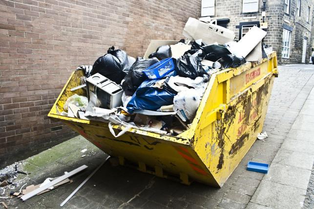 Odpady po budowie - Zdjęcie główne