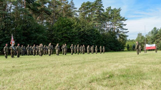 [ZDJĘCIA] Przysięga WOT' w Kutnie. ''Z dumą zakładam mundur'' - Zdjęcie główne