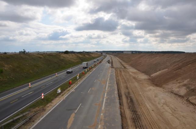 [FOTO] Lepiej omijać autostradę! Szykują się gigantyczne utrudnienia - Zdjęcie główne