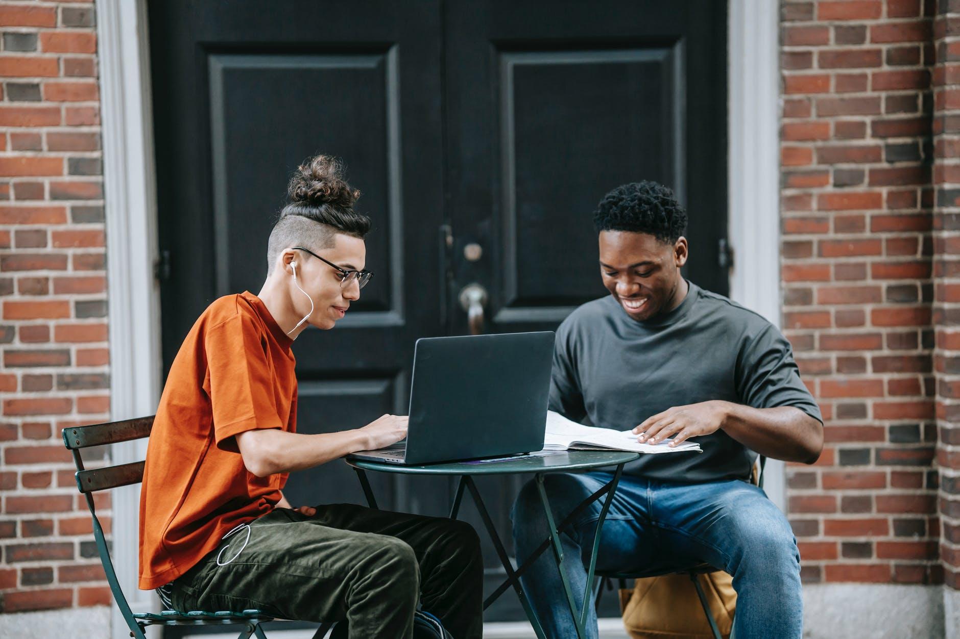 Start-up i faktoring - dobre połączenie - Zdjęcie główne