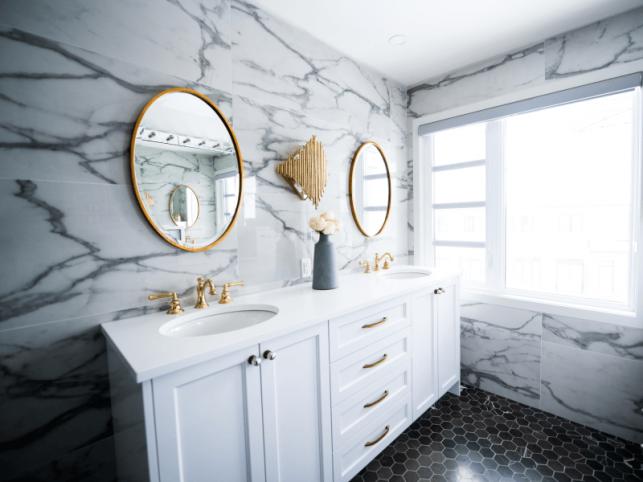 Środki do czyszczenia łazienki - przegląd i porady - Zdjęcie główne