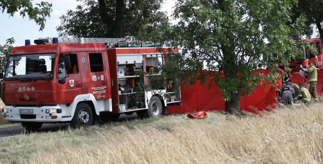 Młodzież zbierała złom, firma zrobiła duży przelew. Strażacy będą mieli nowy sprzęt - Zdjęcie główne