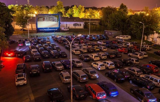 Zmiana repertuaru kina samochodowego - Zdjęcie główne