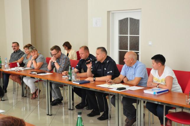 Komisariat w Żychlinie nie zostanie zamknięty - Zdjęcie główne