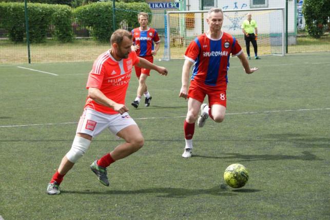 W niedzielę zakończyła się Kutnowska Wiosenna Liga Piłkarska - Zdjęcie główne