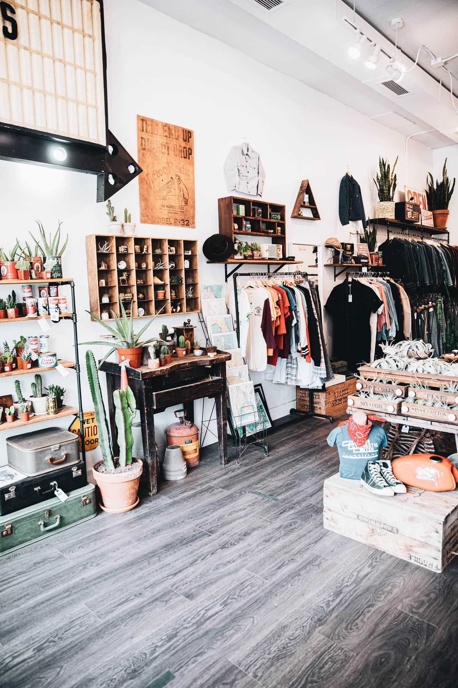 Kompleksowe wyposażenie sklepów – czy warto do niego dopłacić? - Zdjęcie główne