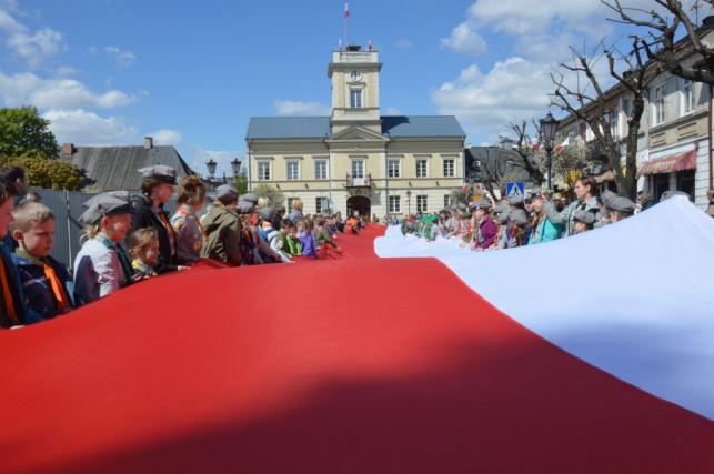 Na Królewskiej powiewała 60-metrowa flaga - Zdjęcie główne