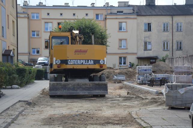 Nowy parking na Listopada w trakcie budowy - Zdjęcie główne
