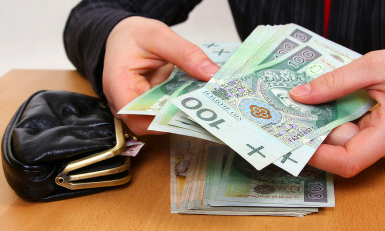 Rząd dał zielone światło: płaca minimalna znów pójdzie w górę. O ile? - Zdjęcie główne