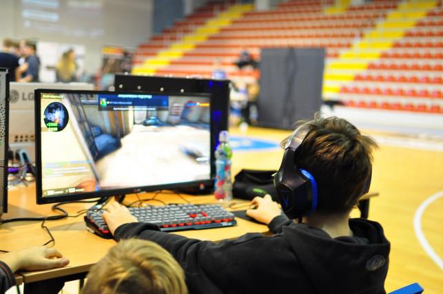 [GALERIA] Mistrzostwa Polski w e-sporcie - dzień 2. - Zdjęcie główne