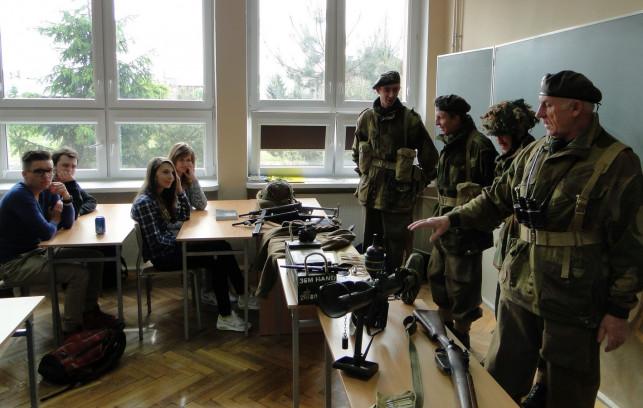 Pamięć dla pokoju – XXXI Dni Historii w Kasprowiczu - Zdjęcie główne