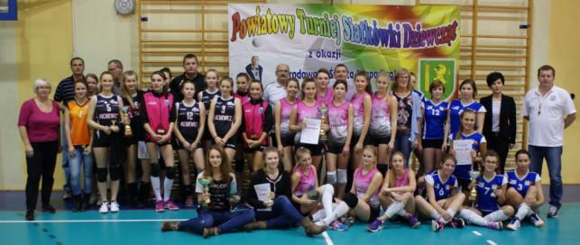 VIII Turniej Siatkówki Dziewcząt z okazji Święta Niepodległości - Zdjęcie główne