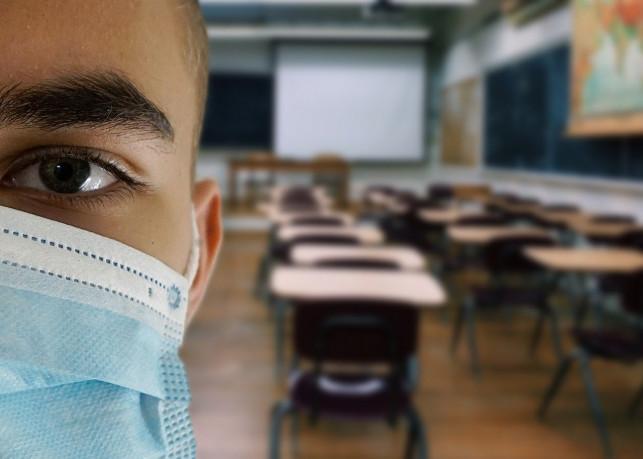 Koronawirus w kutnowskiej szkole. Zakażona nauczycielka - Zdjęcie główne
