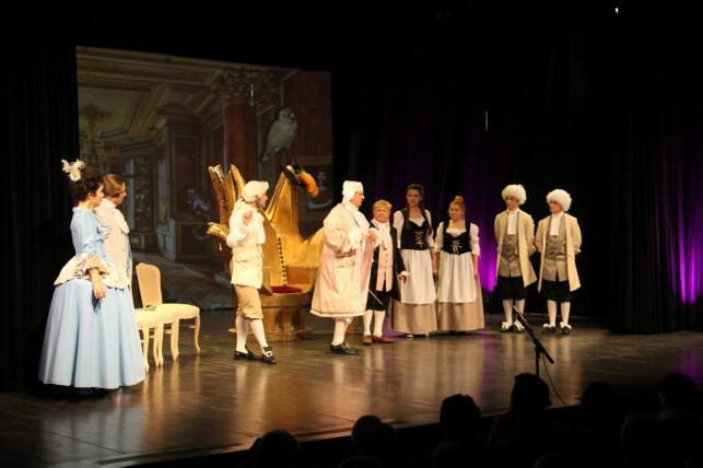 Mieszczanin szlachcicem – Kutnowski Teatr Amatorski im A. Fredry - Zdjęcie główne