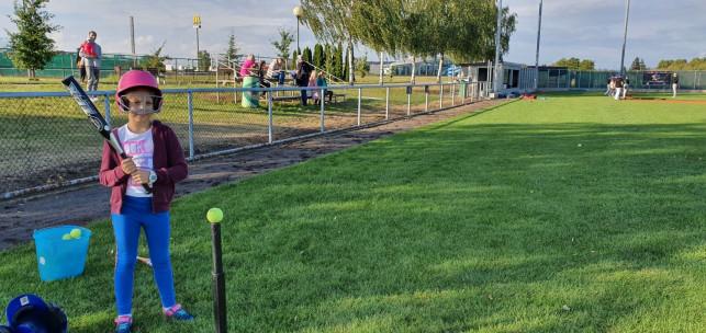 [ZDJĘCIA] Dzieciaki zaczynają swoją przygodę z baseballem - Zdjęcie główne
