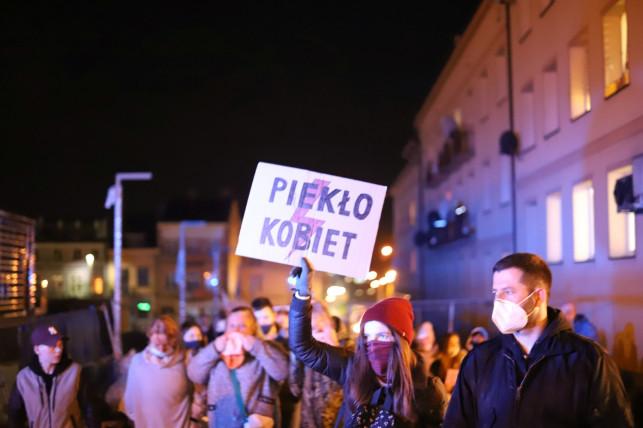 To już oficjalne. Dziś w Kutnie odbędzie się protest ws. aborcji - Zdjęcie główne