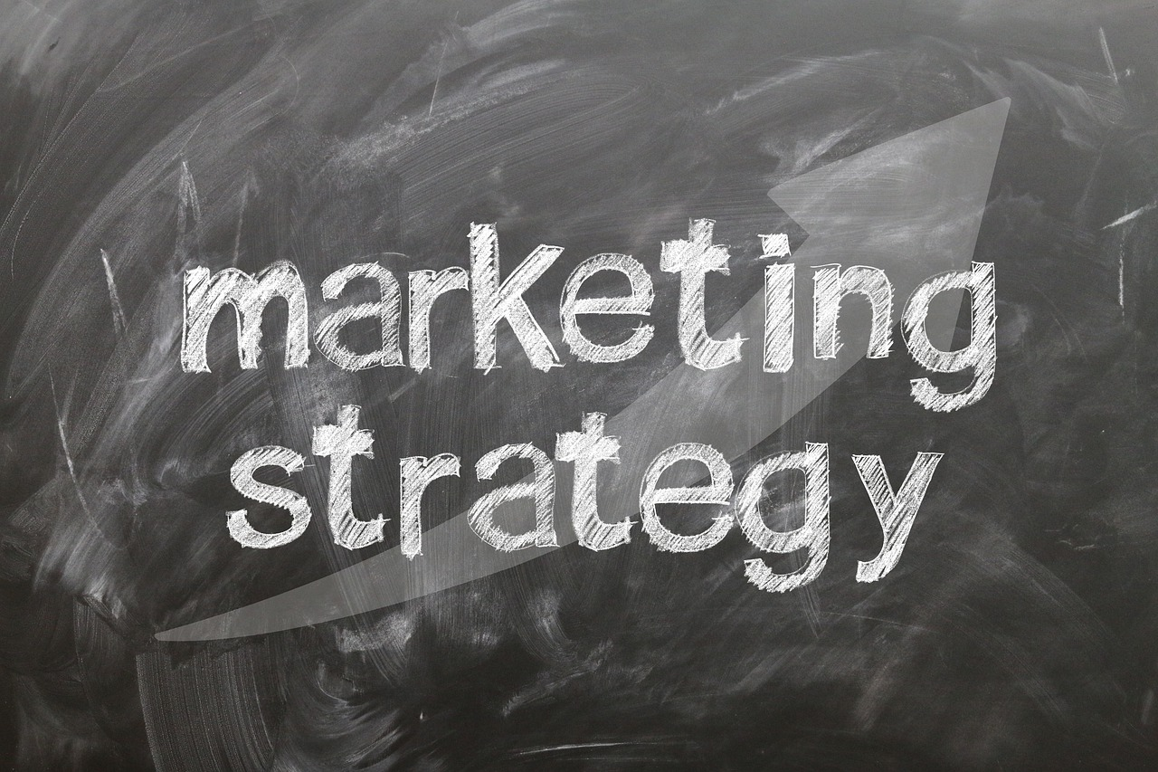 Gadżety reklamowe – 4 rodzaje drobiazgów, które mogą przyciągnąć klientów - Zdjęcie główne