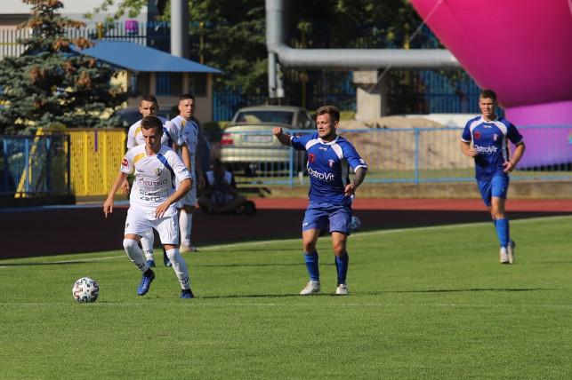[ZDJĘCIA] Sześć goli, trzy karne i komplet punktów dla KS-u w spotkaniu z Olimpią Zambrów - Zdjęcie główne