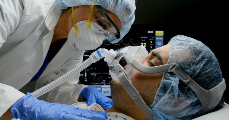 Powikłania po szczepionce na koronawirusa? Wiceminister wyjaśnia - Zdjęcie główne