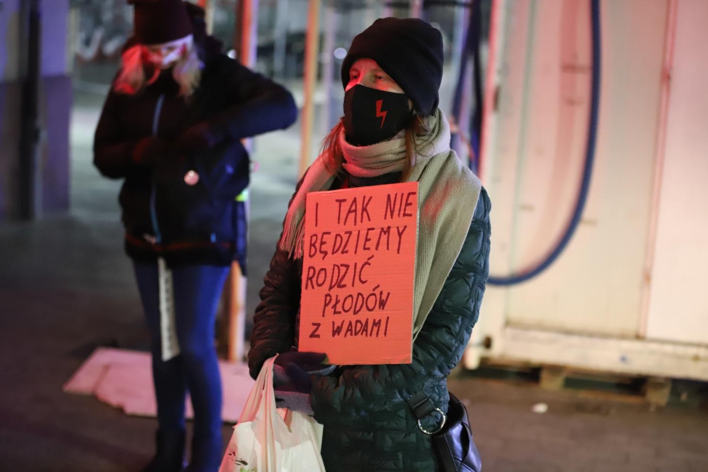 """Znów będą protestować. """"Walczymy o aborcje, edukację seksualną i prawa człowieka"""" - Zdjęcie główne"""