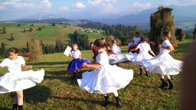 Dzieci uczestniczyły w warsztatach tanecznych - Zdjęcie główne