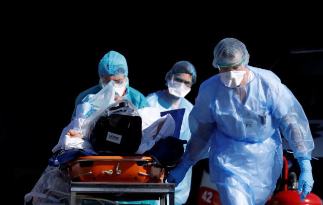 Zmarły kolejne osoby z powiatu kutnowskiego zakażone koronawirusem - Zdjęcie główne